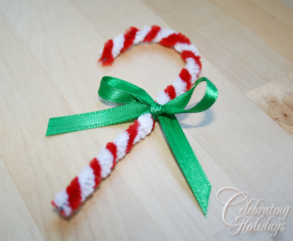 Candy Cane Pipe Cleaner Ornament