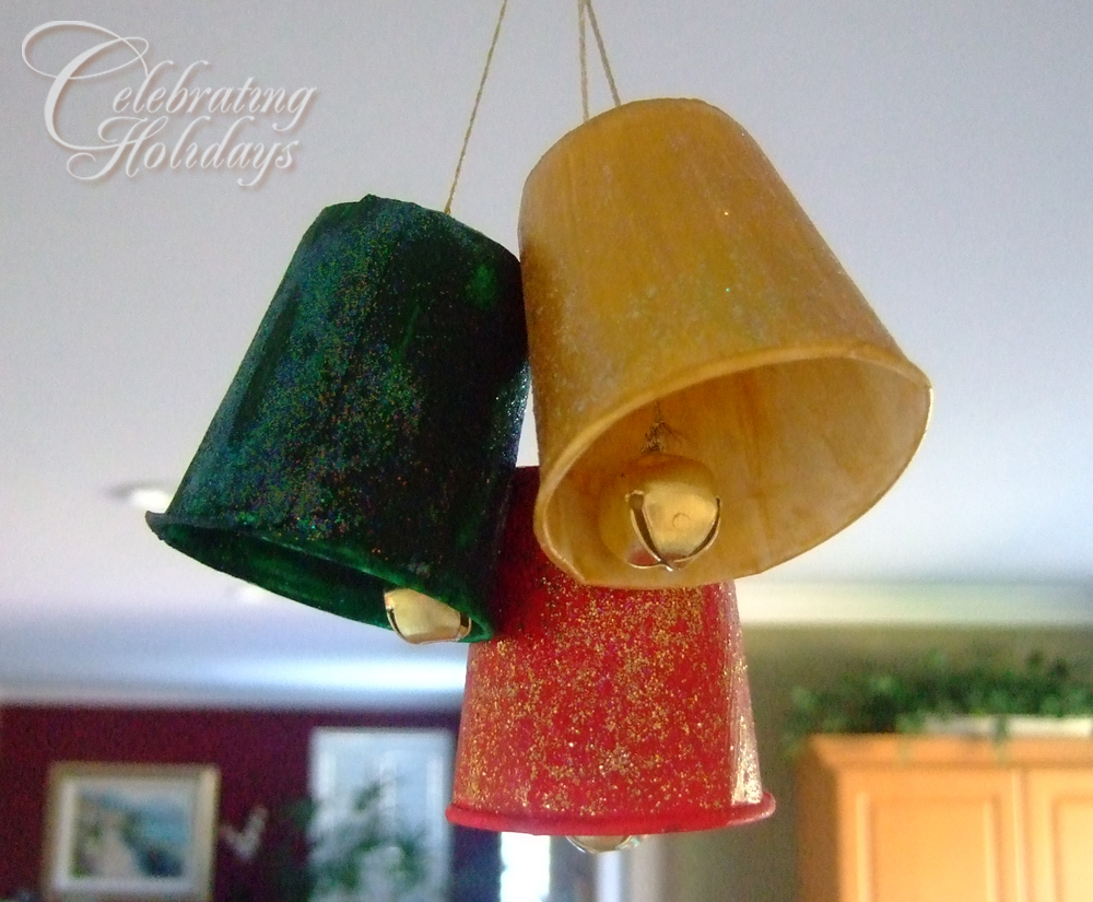 Dixie Cup Christmas Bell Craft