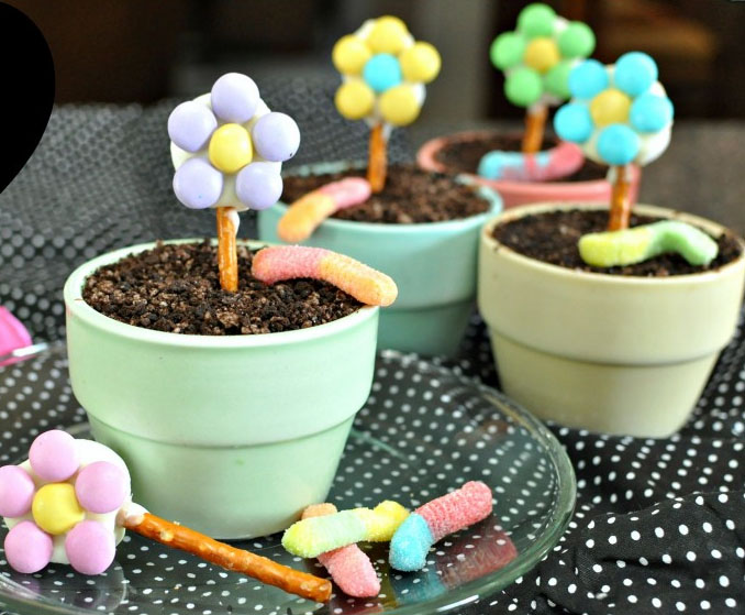 Flower Pot Cakes for Mother's Day