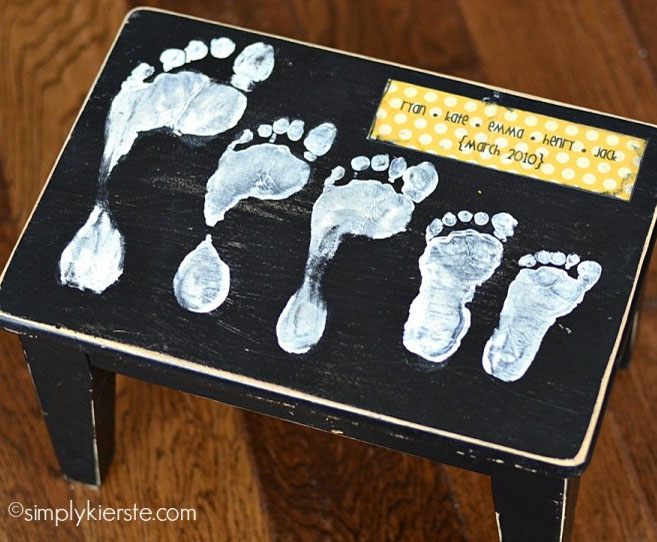 Footstool with Footprints for Mother's Day