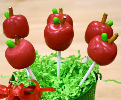 Apple Cake Pops for Teacher Appreciation